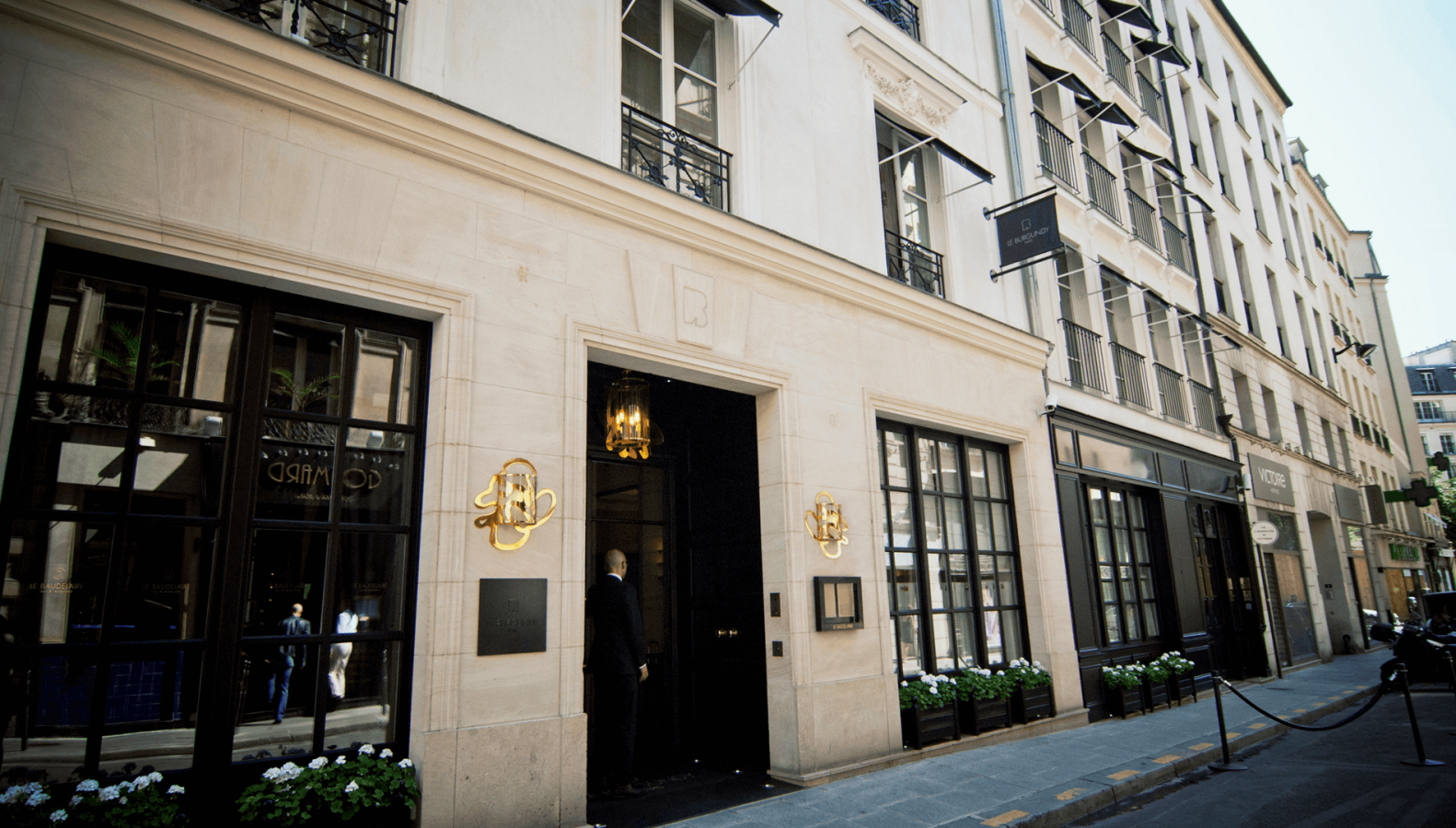 hotel-burgundy-paris-1